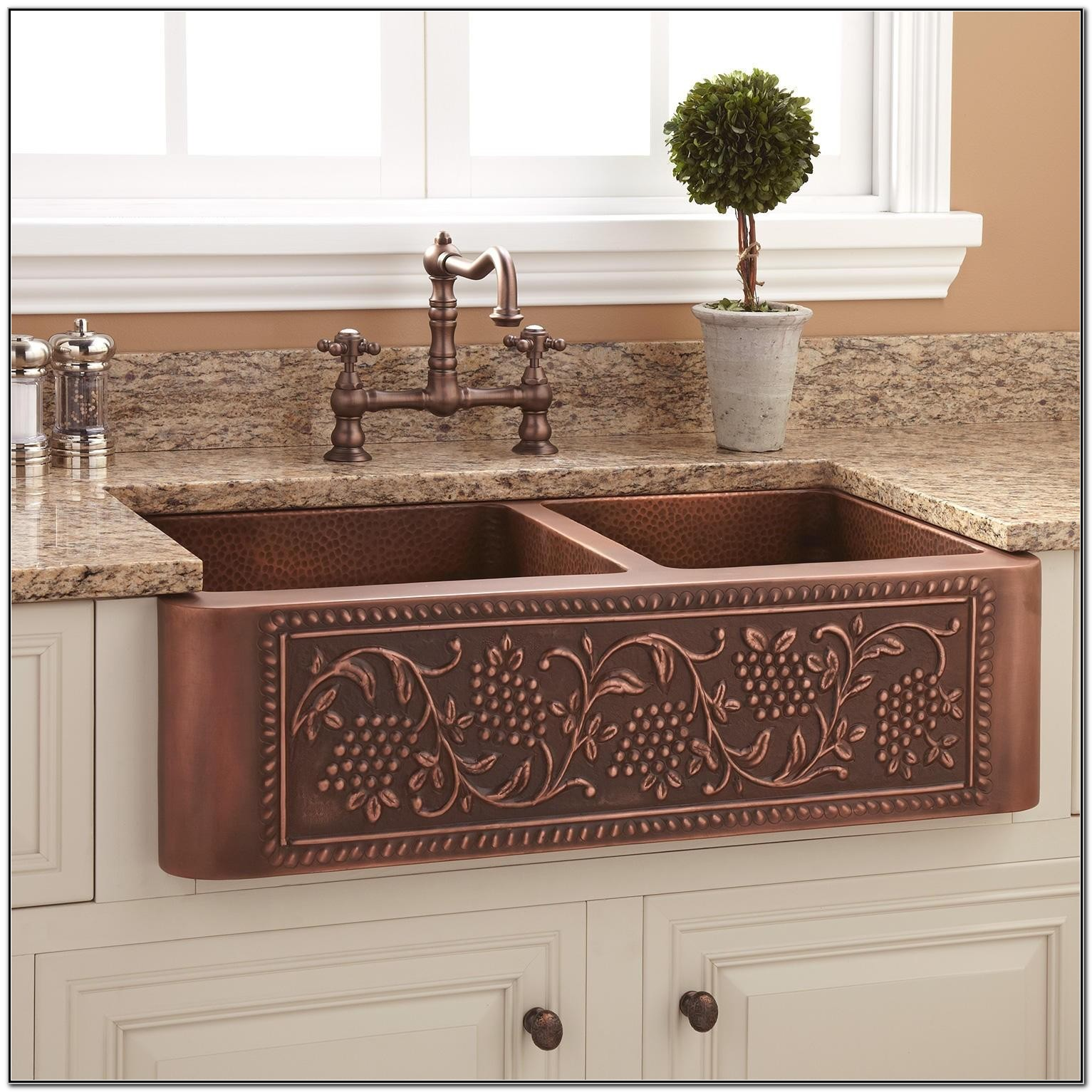 Kitchens With Copper Farmhouse Sinks