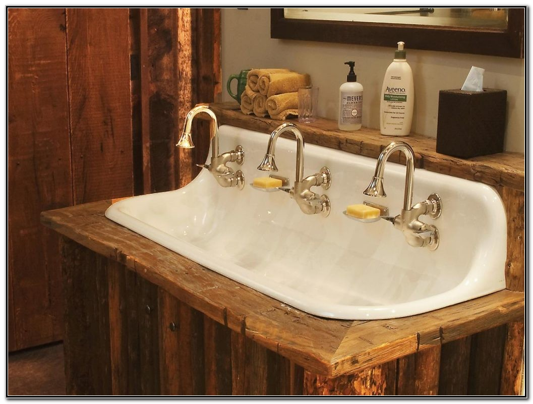 Old Fashioned Looking Bathroom Sinks