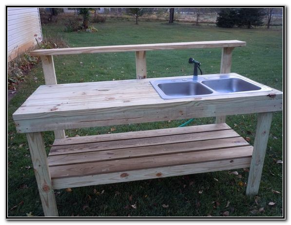 Outdoor Potting Bench With Sink