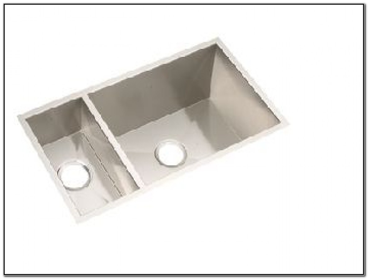 Undermount Stainless Steel Sink With Faucet Holes