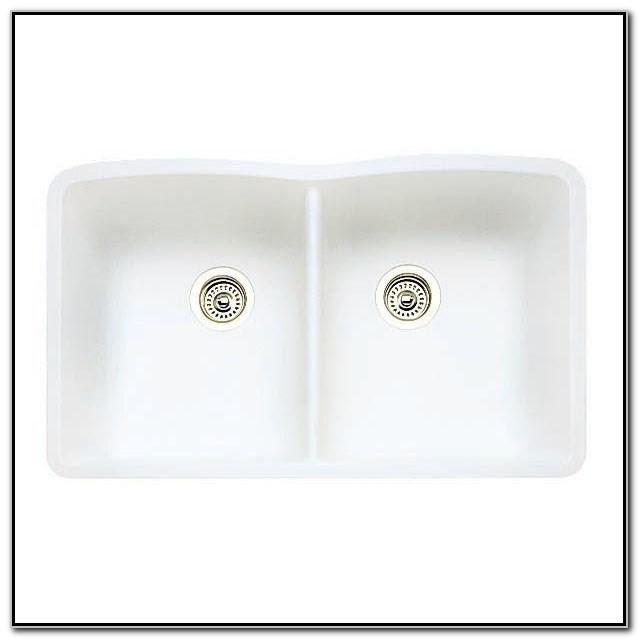 White Double Bowl Undermount Kitchen Sink