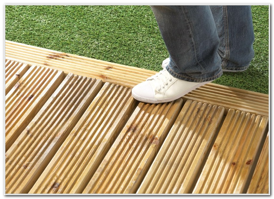 Clear Non Slip Deck Coating