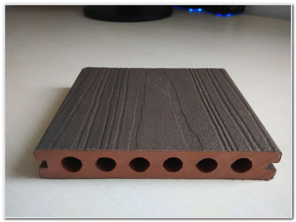 Outdoor Deck Flooring Materials