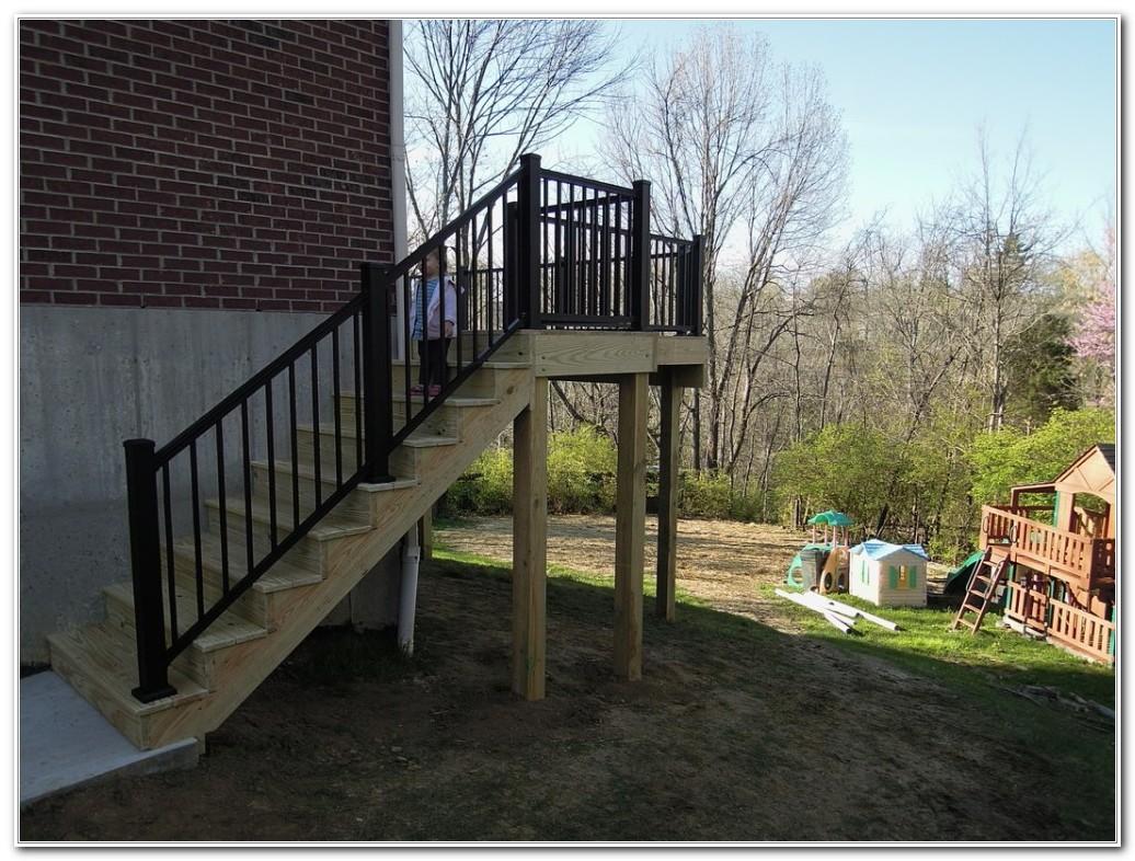 Pressure Treated Lumber Deck Railing