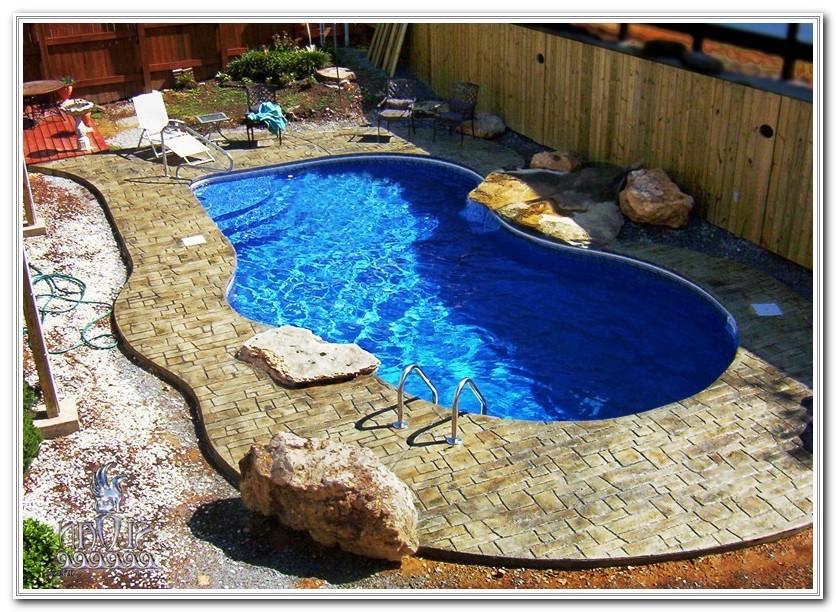Swimming Pool Deck Decorating Ideas