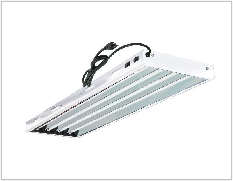 4 Lamp Fluorescent Light Fixture