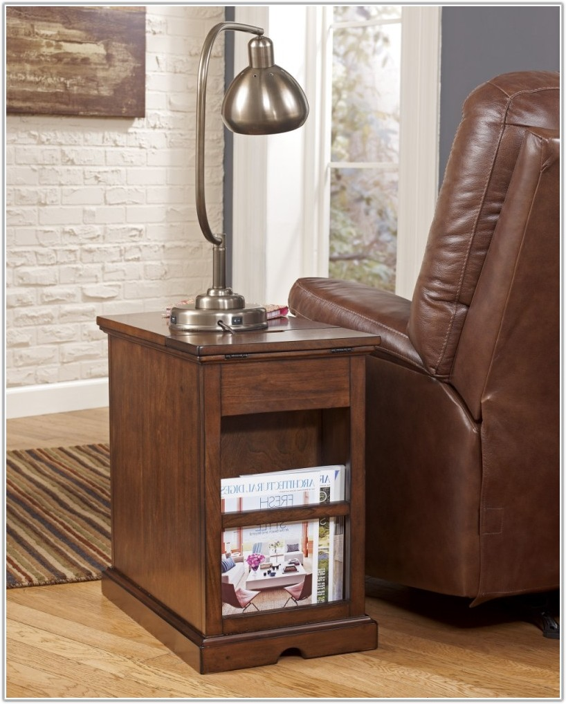 Chair Side Table With Lamp