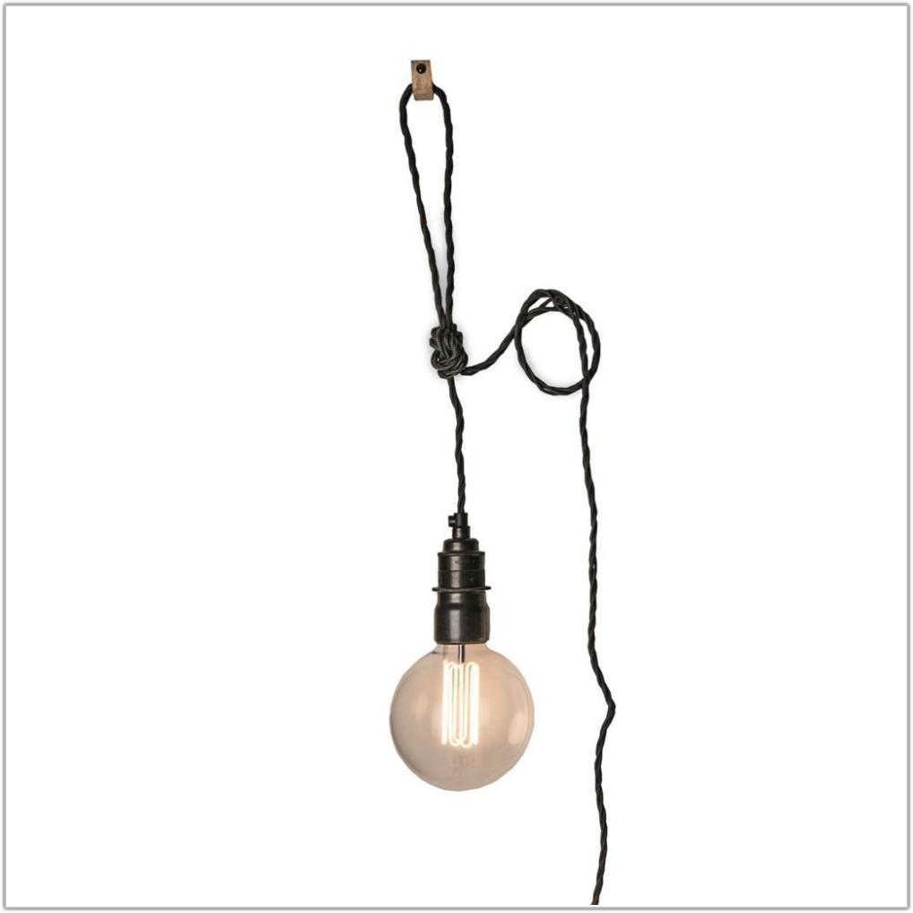 Hanging Light Socket With Plug