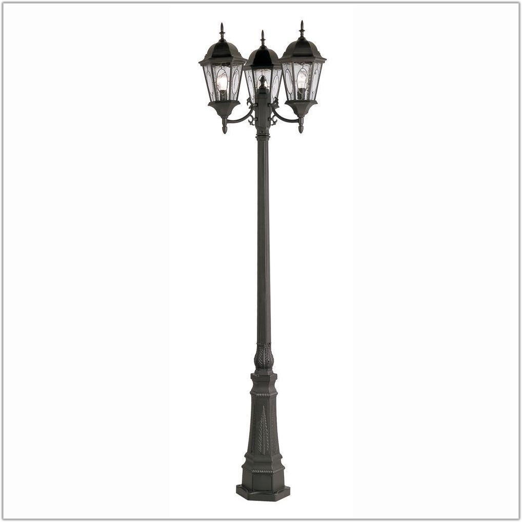 Outdoor 3 Light Lamp Post