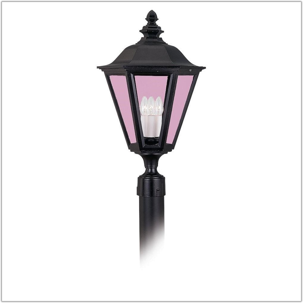 Outdoor Classic 3 Light Post Lantern