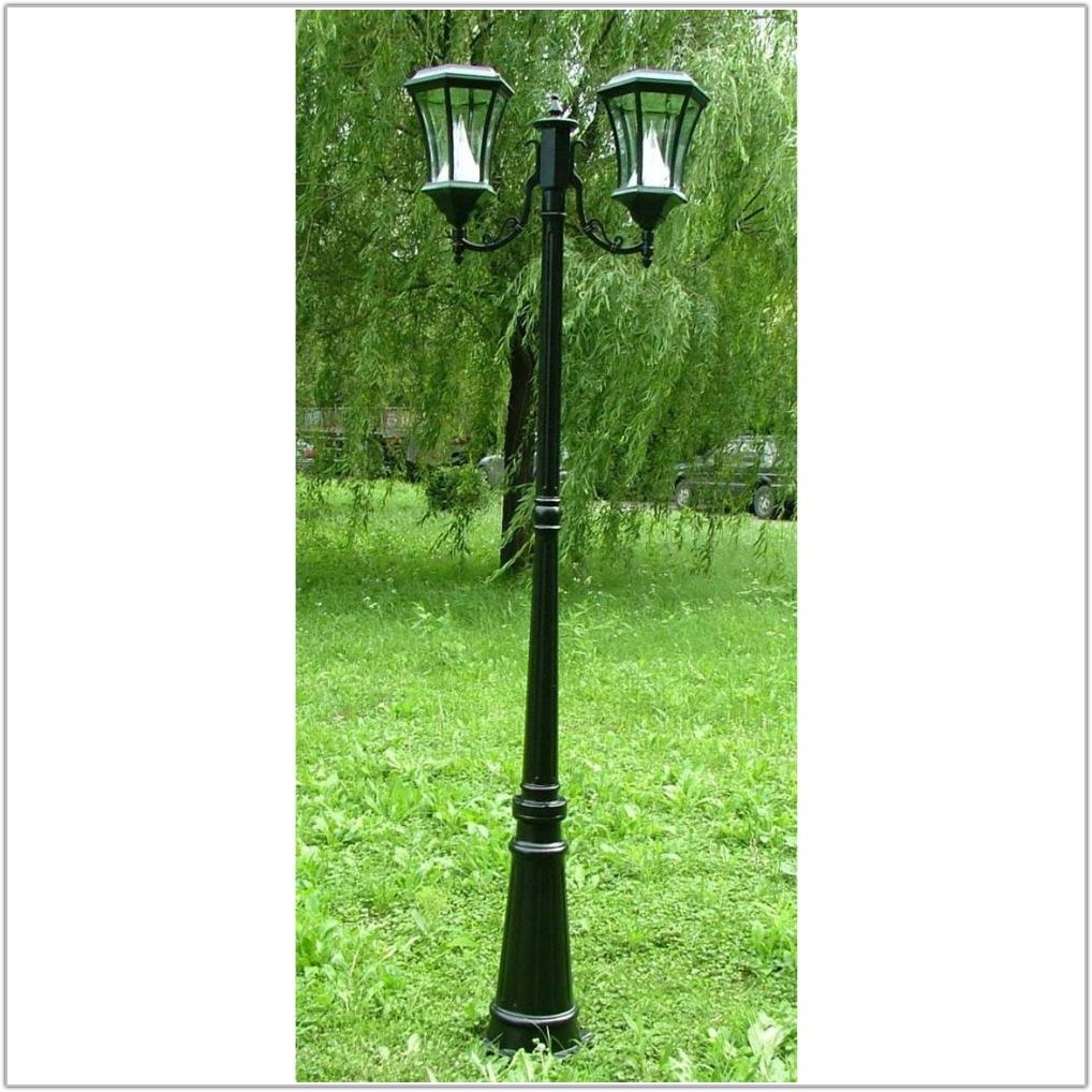 Outdoor Lighting Lamp Post Solar