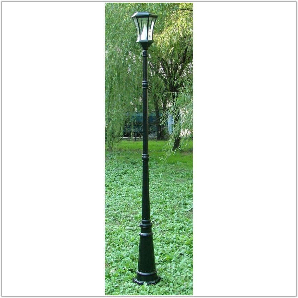 Solar Powered Outdoor Lamp Post Light