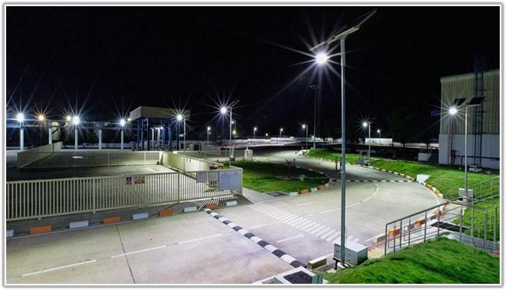 Solar Powered Street Lamp Posts