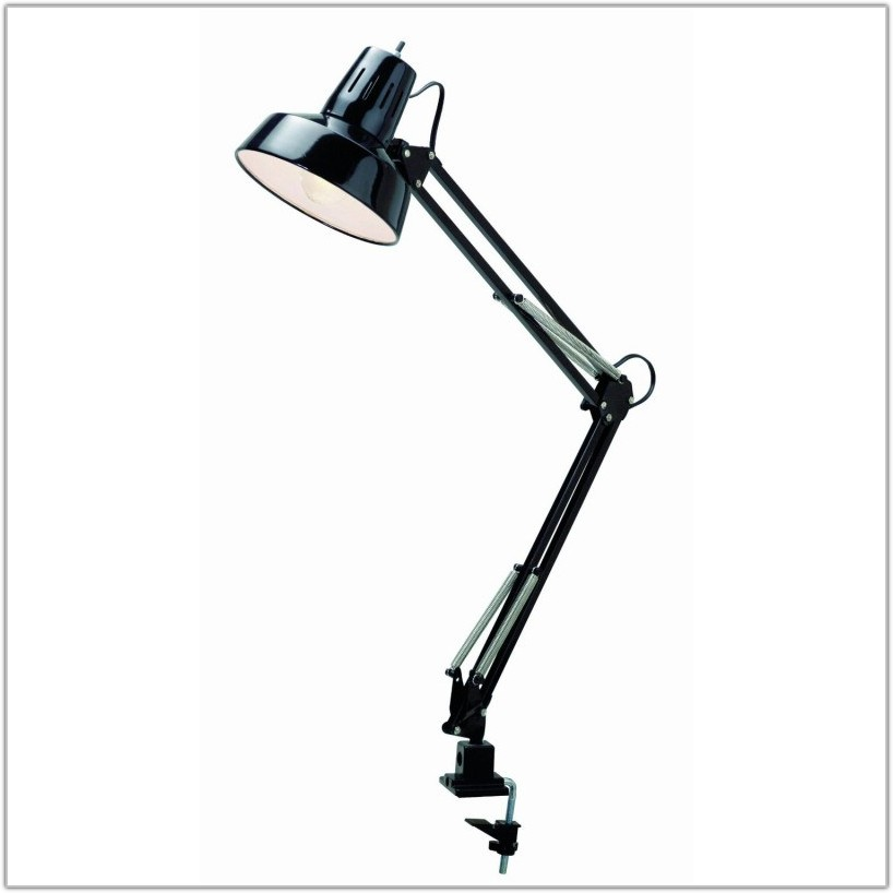 V Light Traditional Desk Lamp