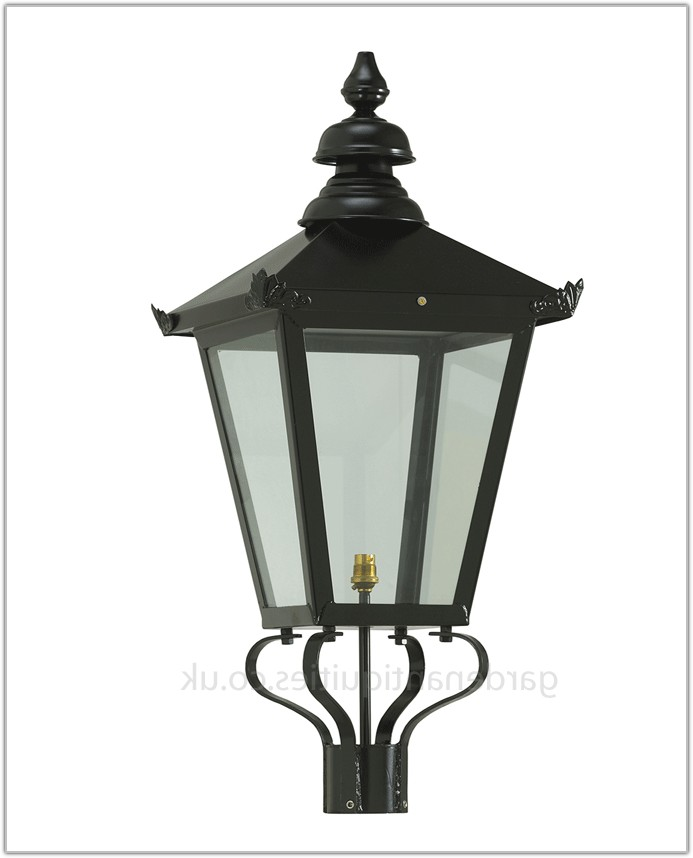 Victorian Garden Lamp Post Lanterns