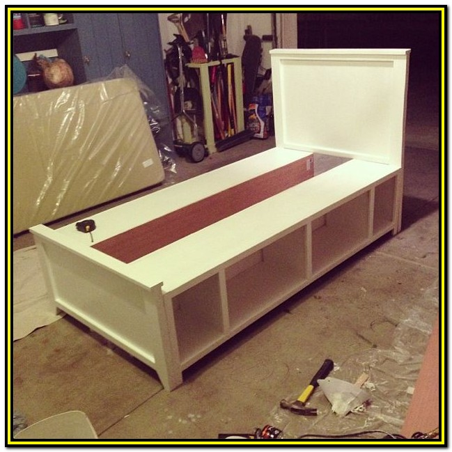 Diy Bed Frame With Drawers Plans