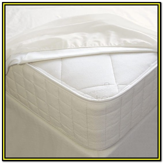 Full Size Bed Waterproof Mattress Cover