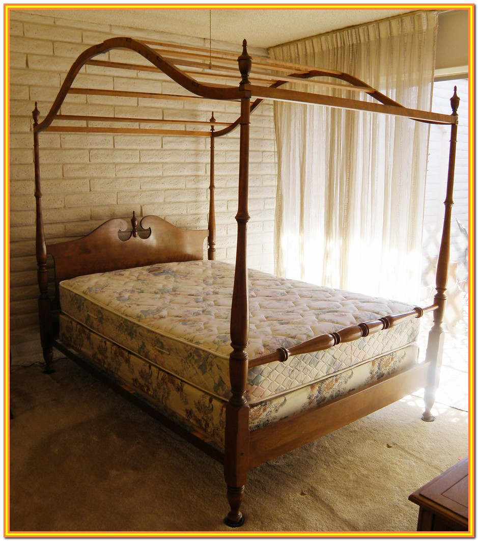 Full Size Wooden Canopy Bed Frame