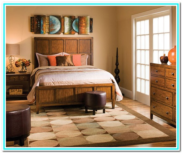 Raymour And Flanigan Cream Bedroom Furniture
