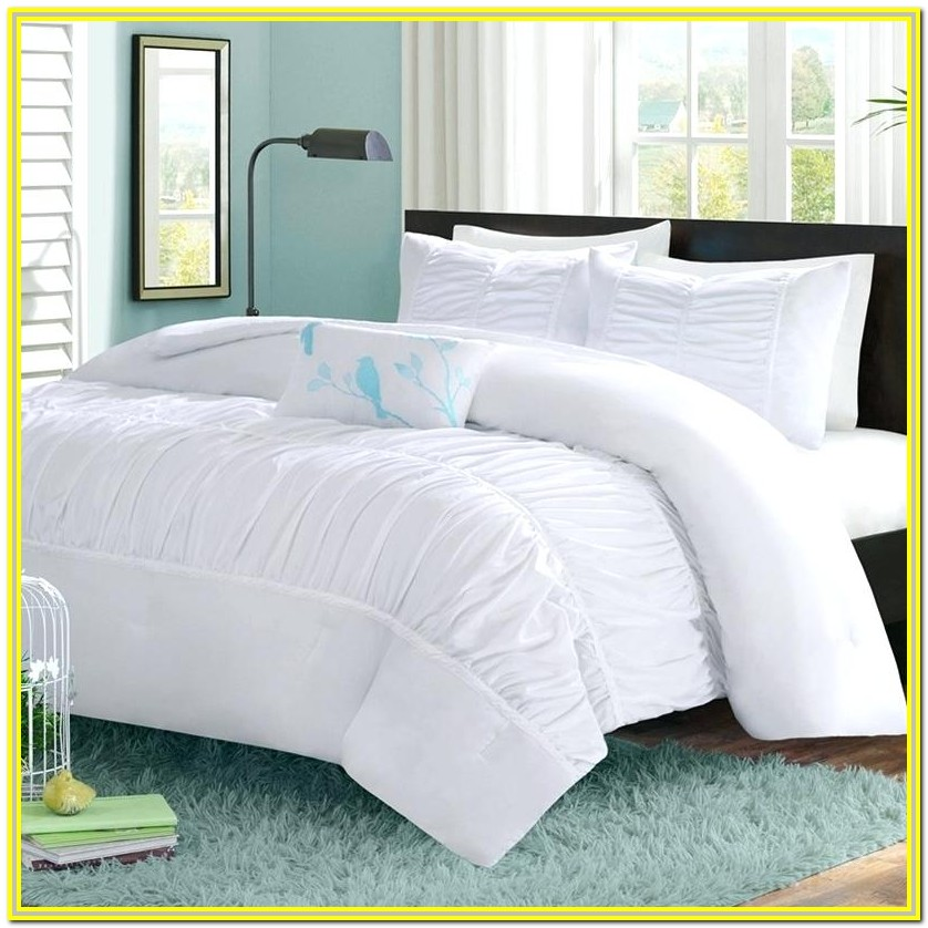 White And Grey Bedding Full
