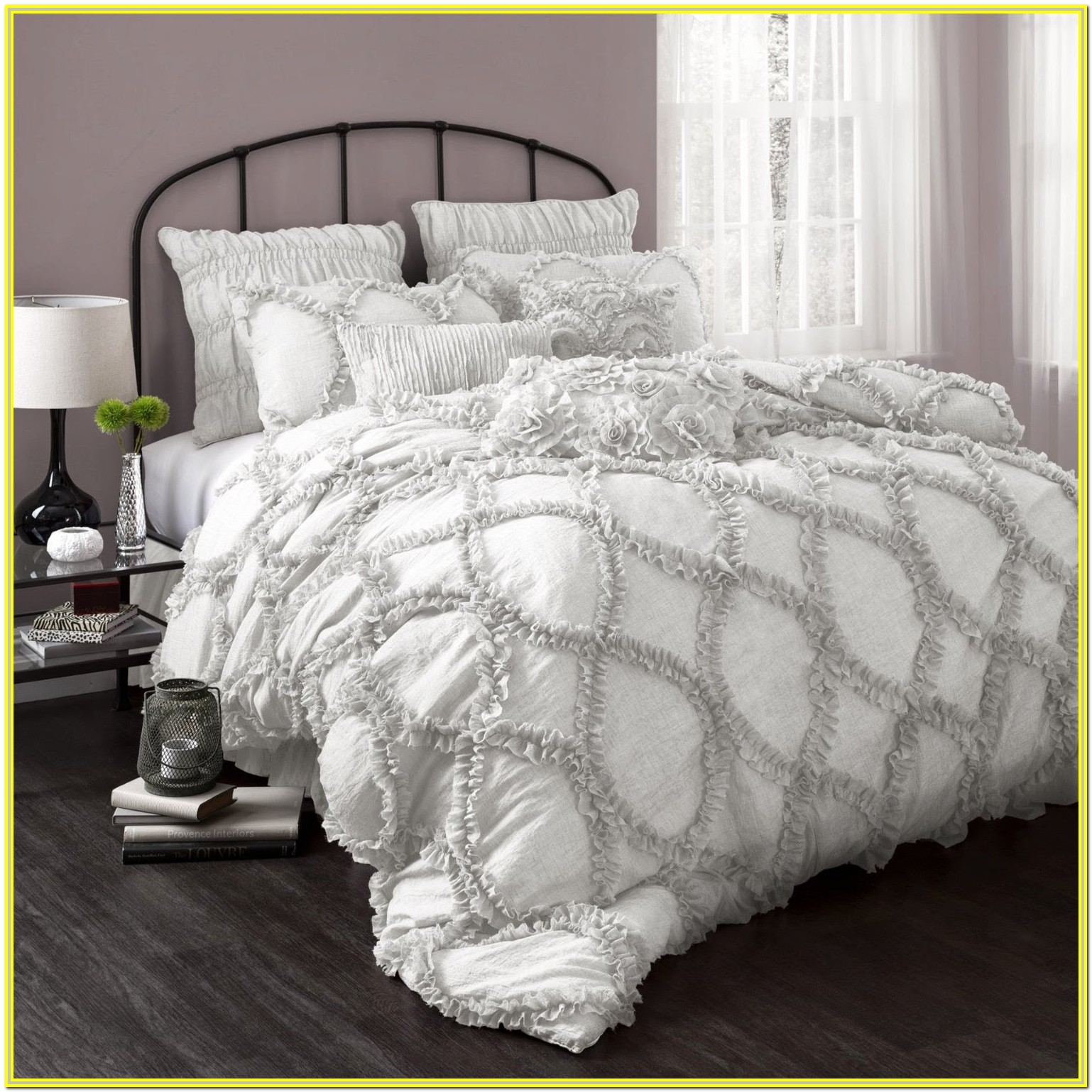 White And Grey Comforter Set