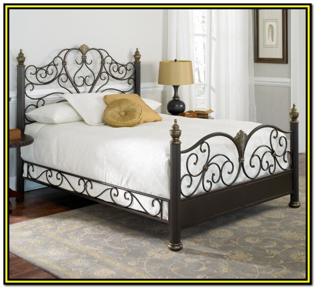 White Wrought Iron Bed Frame Queen