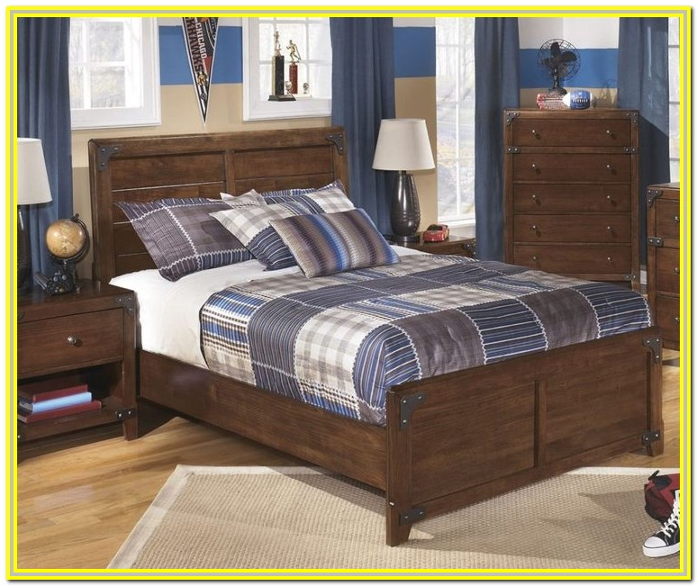 Windville King Upholstered Sleigh Bed Ashley Furniture