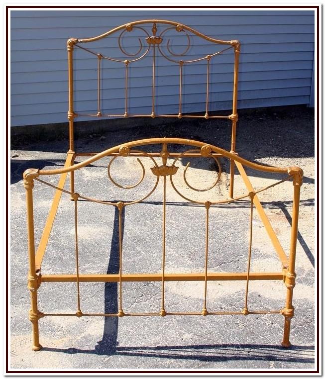 Cast Iron Bed Frame Vintage