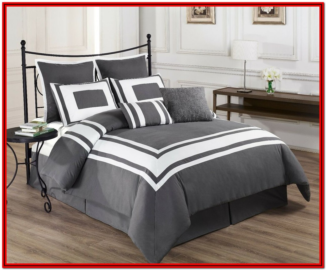 Full Size Bed Comforter Grey