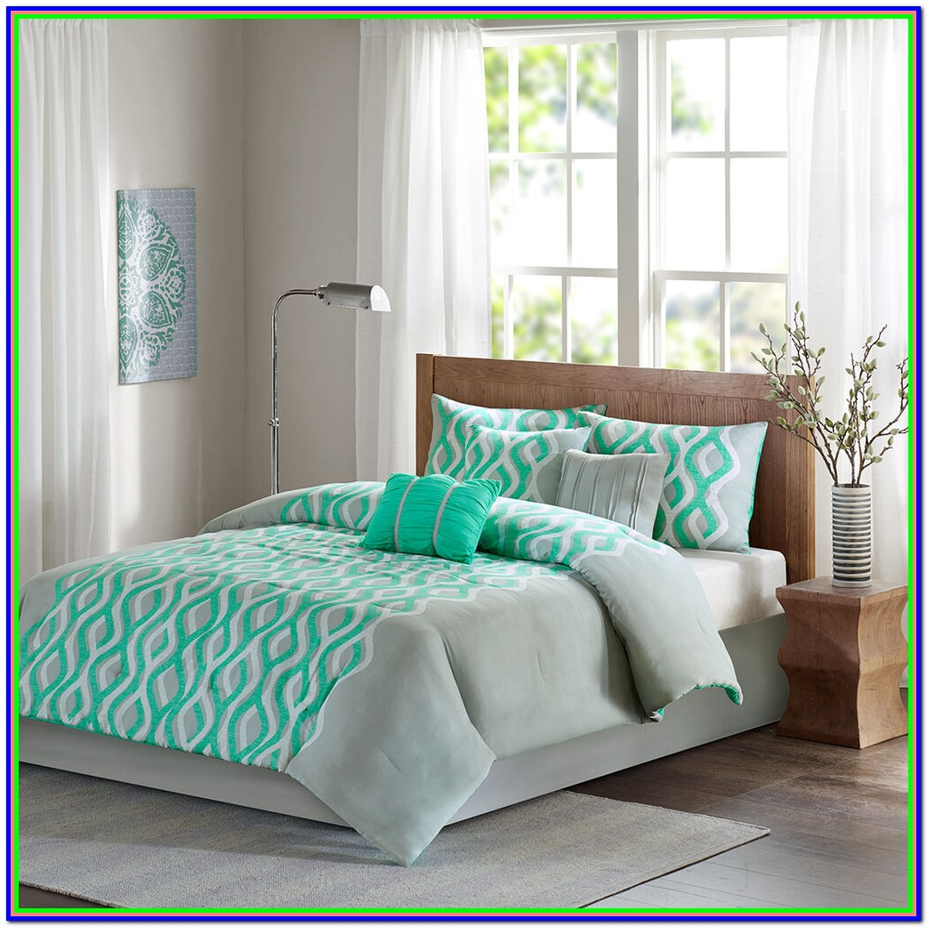 Mint Green And Grey Bedding Set