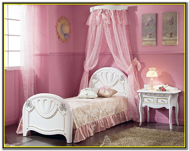 Canopy Bed For Little Girl