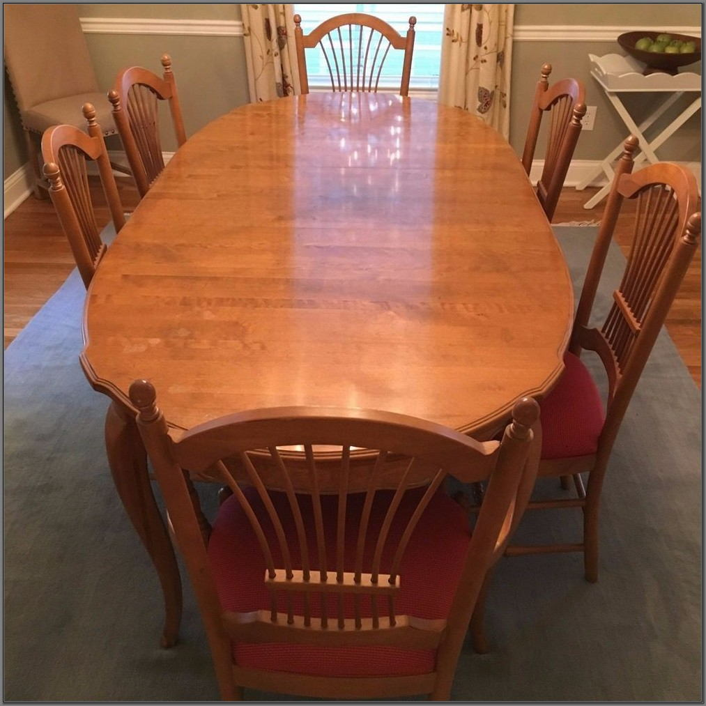 Ethan Allen French Country Dining Room Set