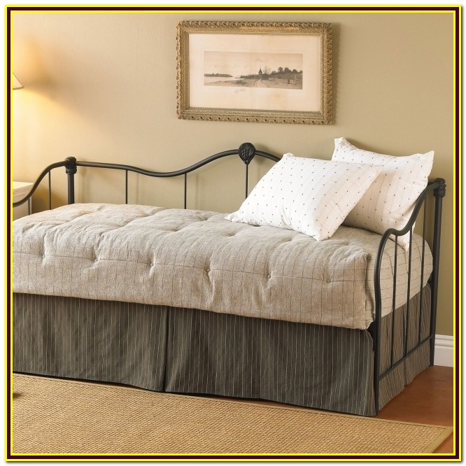 Full Size Fitted Daybed Cover