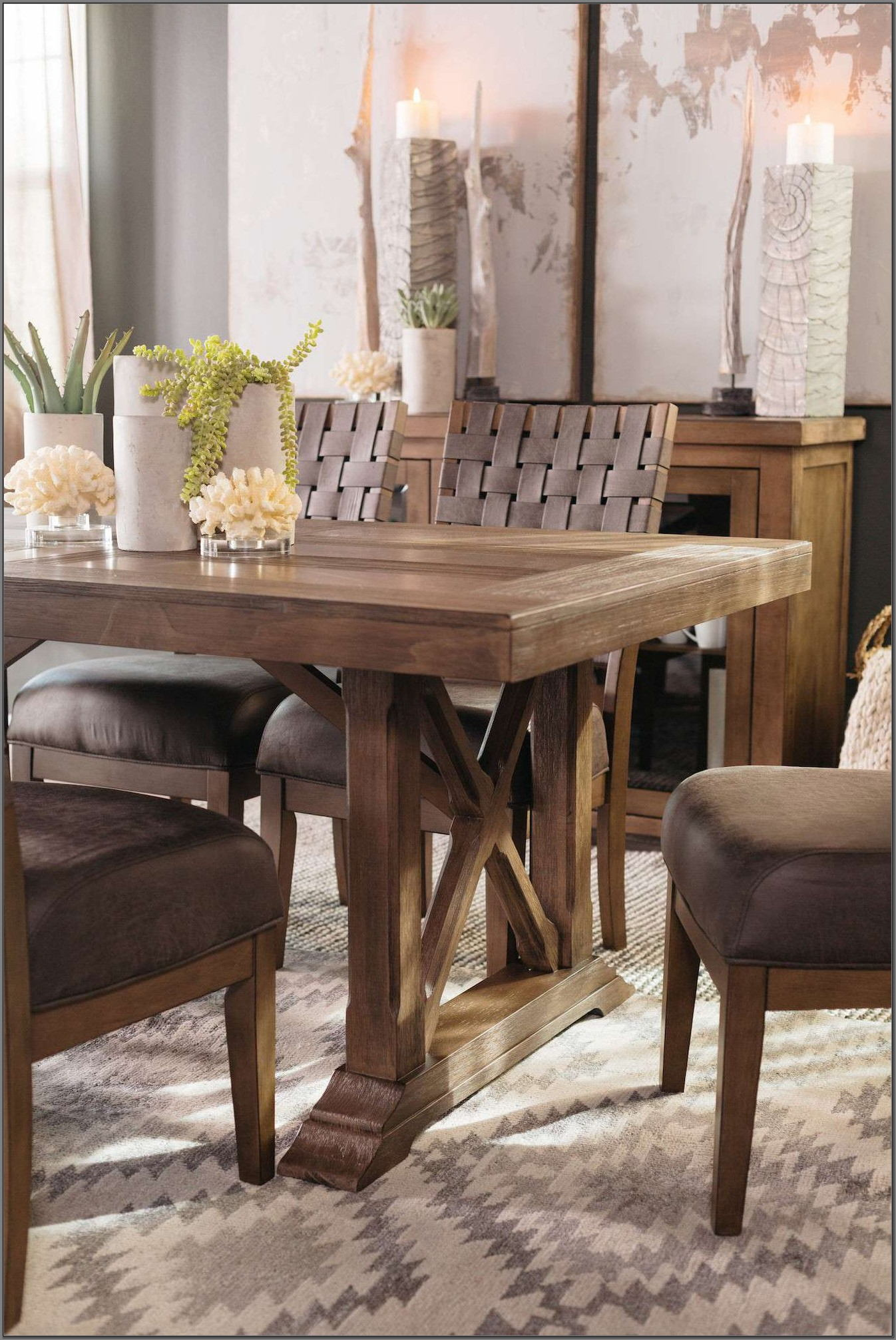 Mathis Brothers Dining Room Furniture Sets
