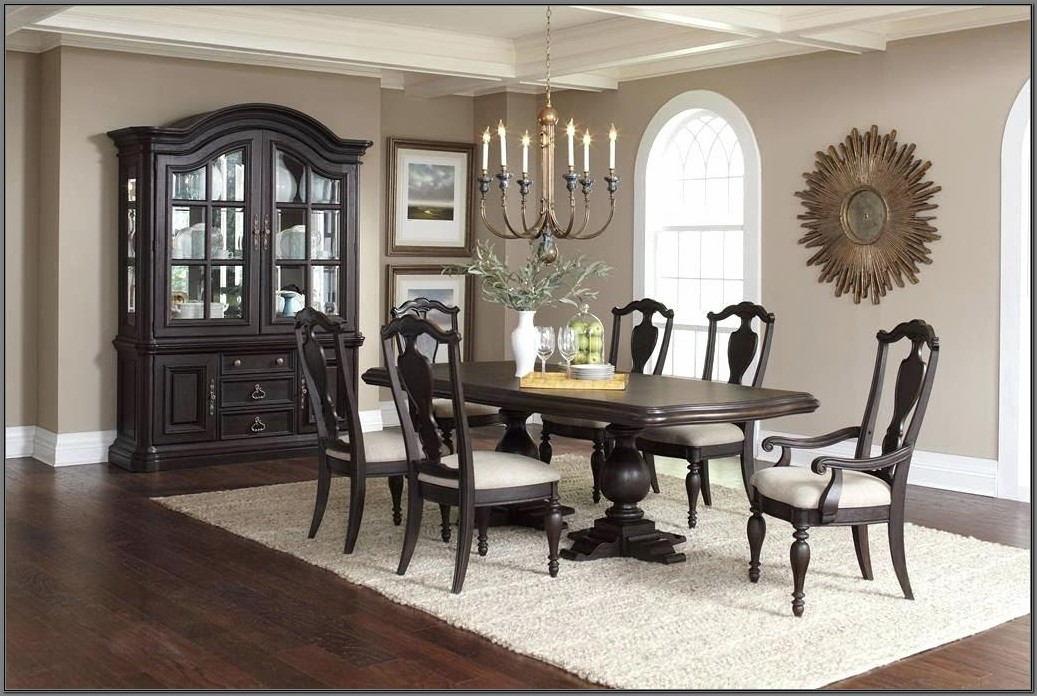 Pulaski Dining Room Furniture Sets