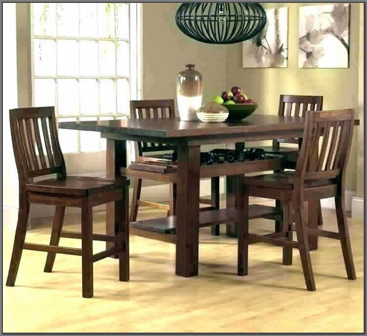 Rooms To Go Dining Table And Chairs