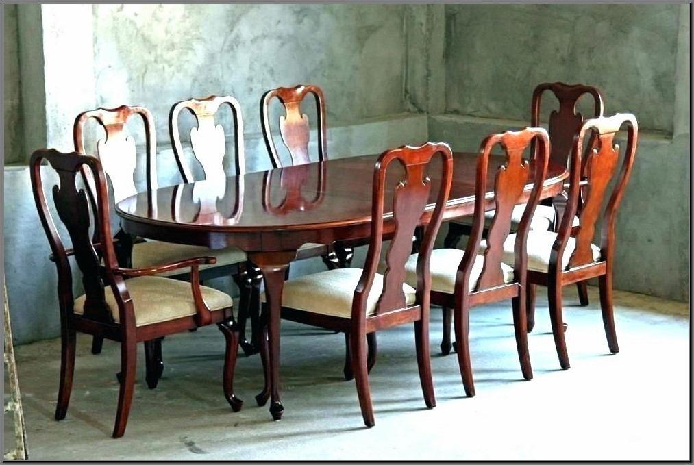 Vintage Drexel Heritage Dining Room Set