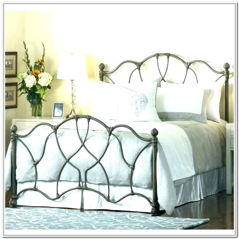 White Wrought Iron Bed Full