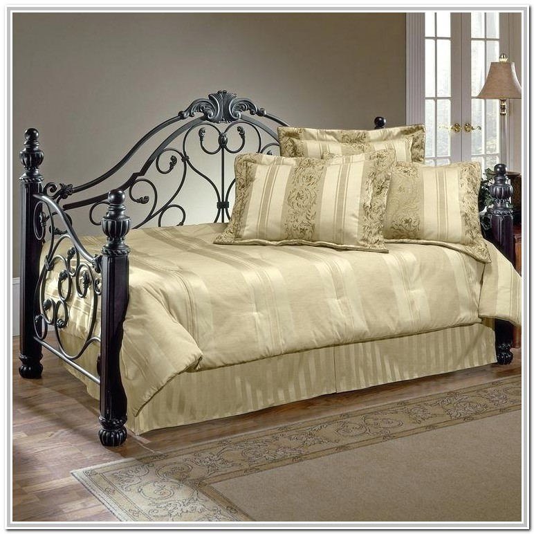 Wrought Iron Queen Bed Trundle