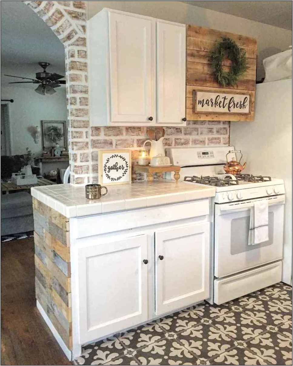 10 Kitchen Decor Ideas