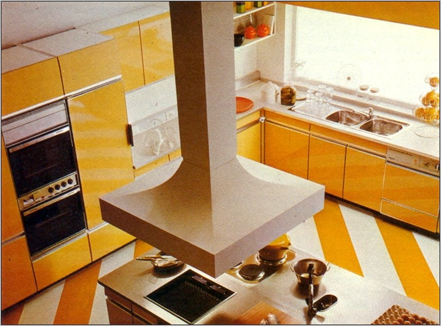 1981 Interior Decorated Eat In Kitchen