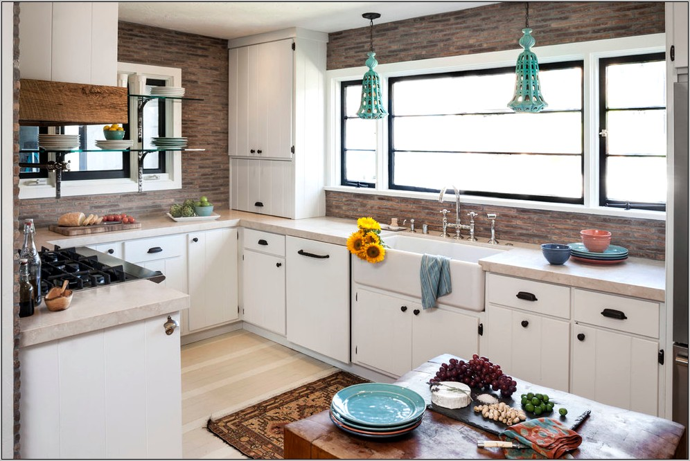 Beige Kitchen Walls With Rustic Decor