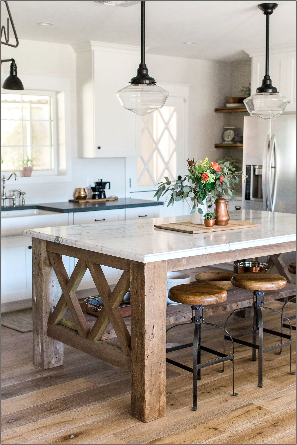 Best Barnwood Decor To Top Kitchen Cabinets