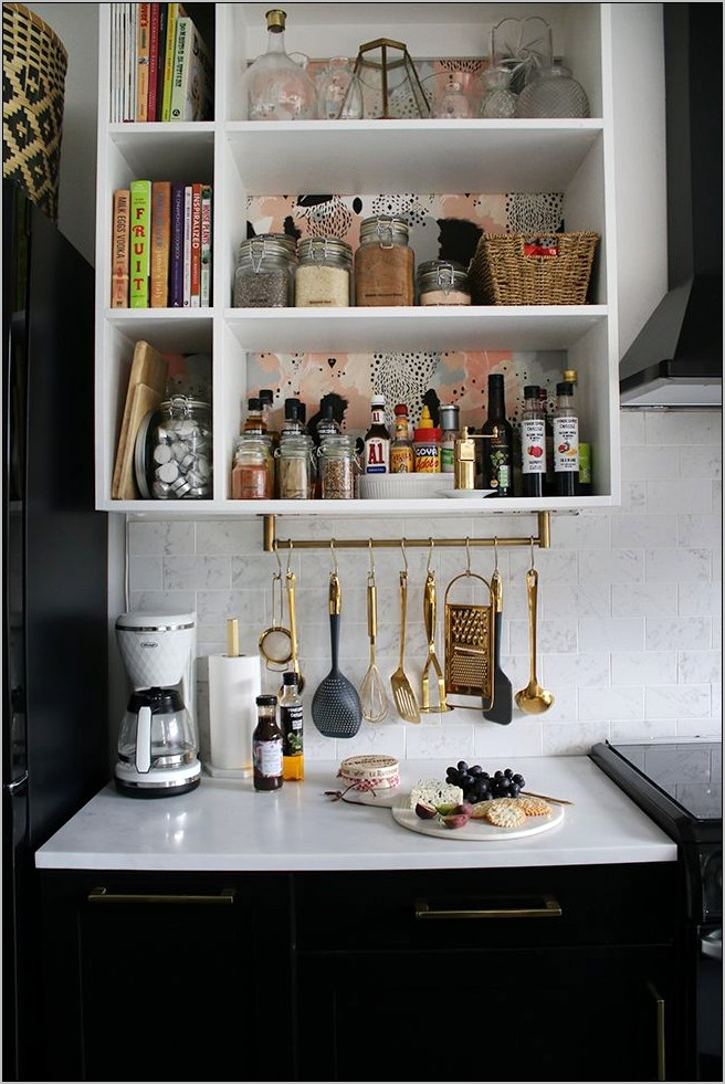 Black And Gold Kitchen Decor