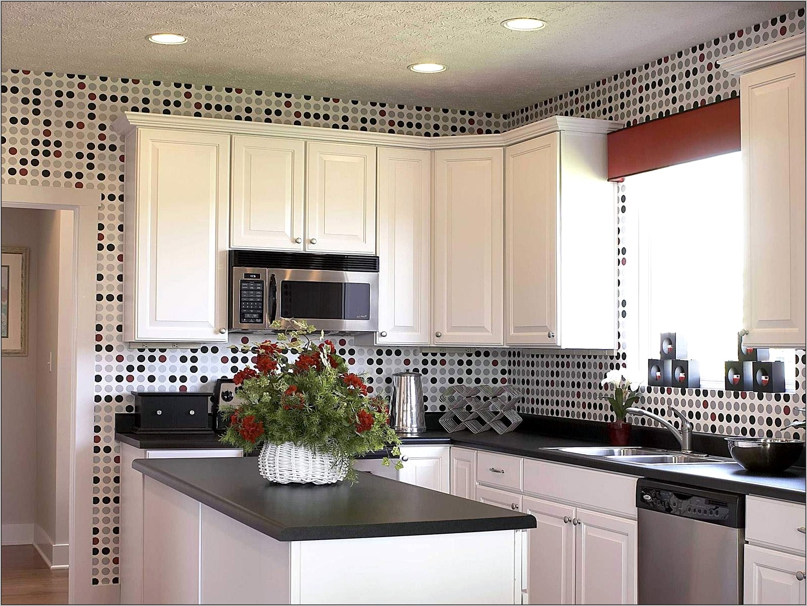Black And White Kitchen Decor Ideads