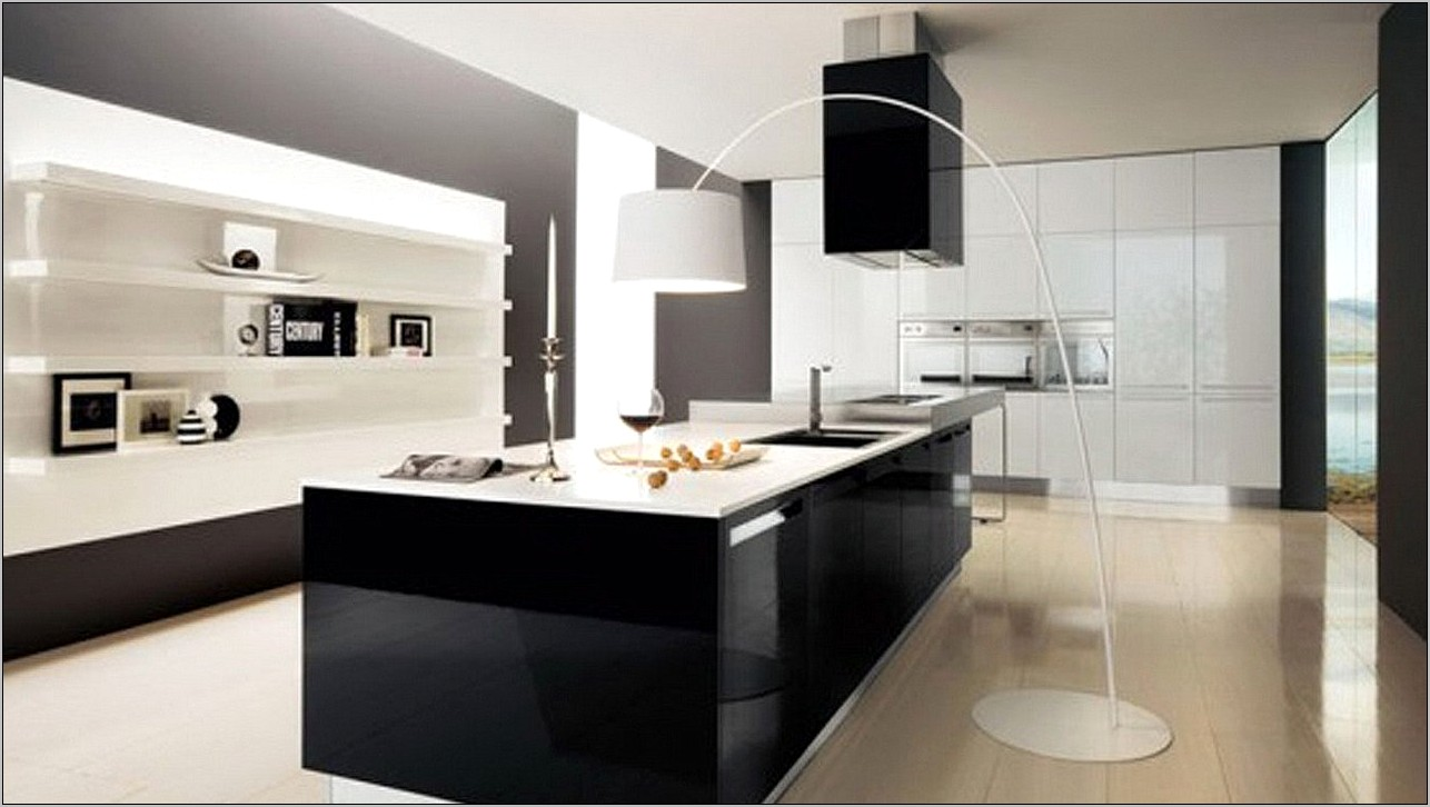 Black Gloss Kitchen Decorating Ideas
