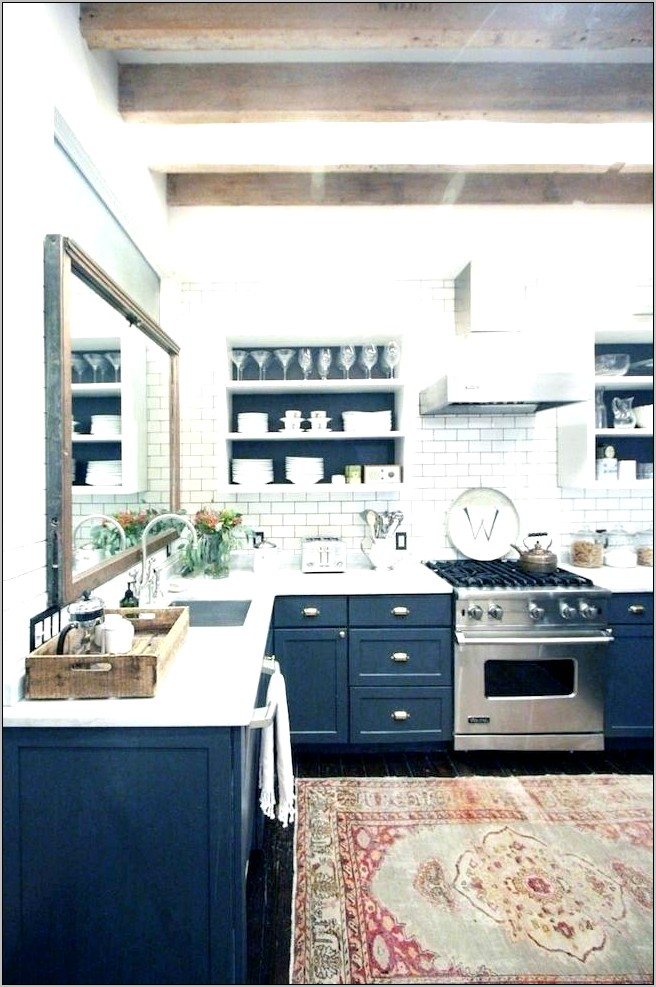 Black White Kitchen Decorating Ideas