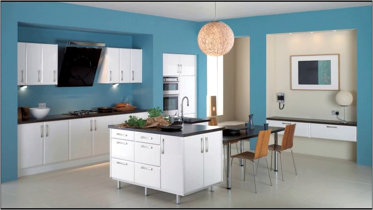 Blue Themed Kitchen Decor