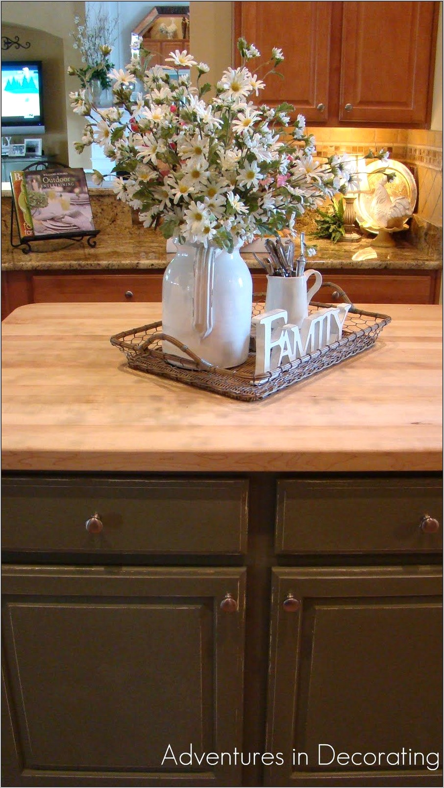 Centerpiece Kitchen Island Decor Ideas