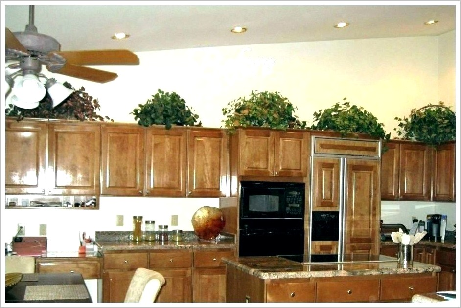 Christmas Decorations For Kitchen Cupboards